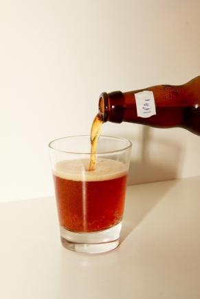 Essa é a IPA 1, foi a primeira cerveja produzida pela Cerveja Monstro.
